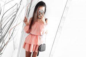 Pudrowa sukienka - HIT wiosny