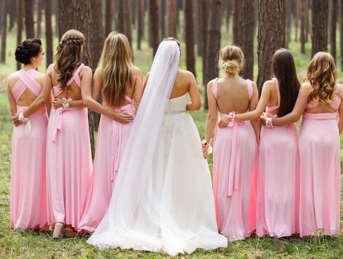 5 inspirujących stylizacji na wesele. Jak się ubrać na wesele jako gość