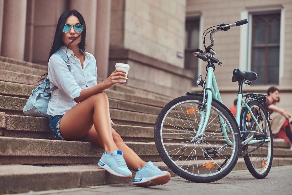 Krótkie spodenki - jak je nosić?