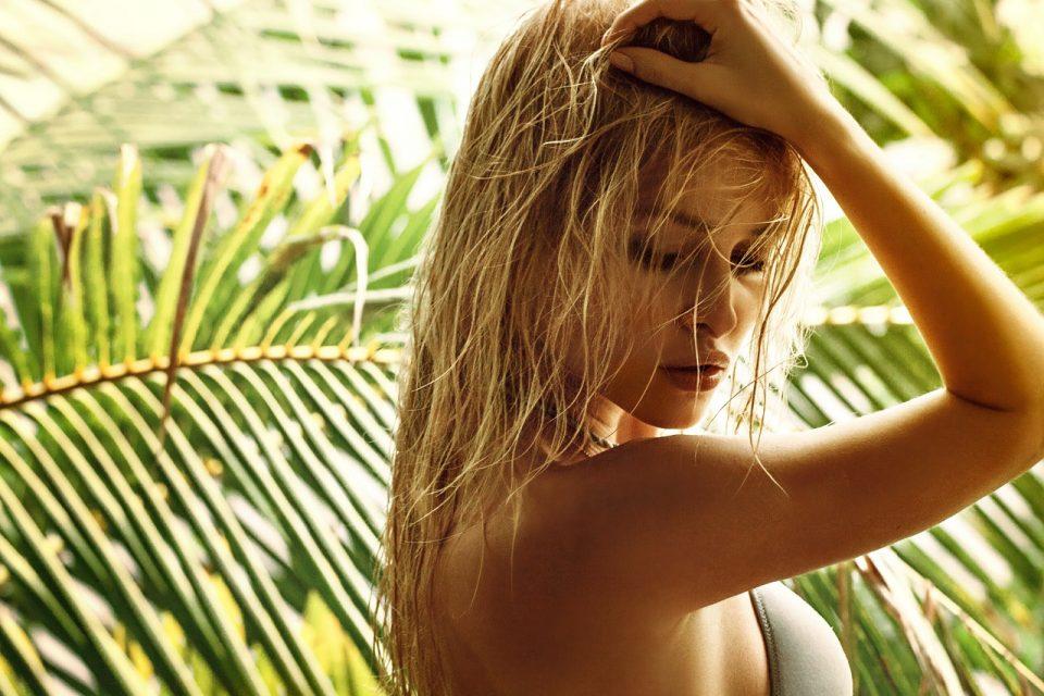 Wzory floral, palmy i liście podkręcą letnią atmosferę w Twojej garderobie.
