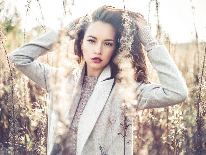 Ponczo i peleryna to hitowe okrycia wierzchnie tej jesieni!