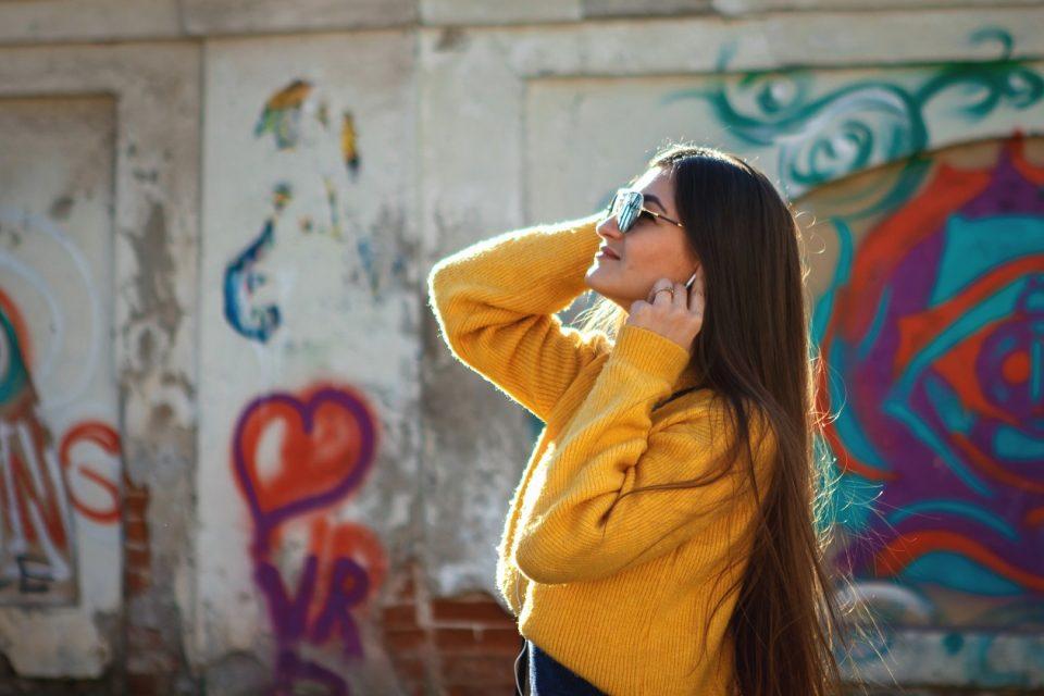 Żółty kolor to topowy trend jesieni!