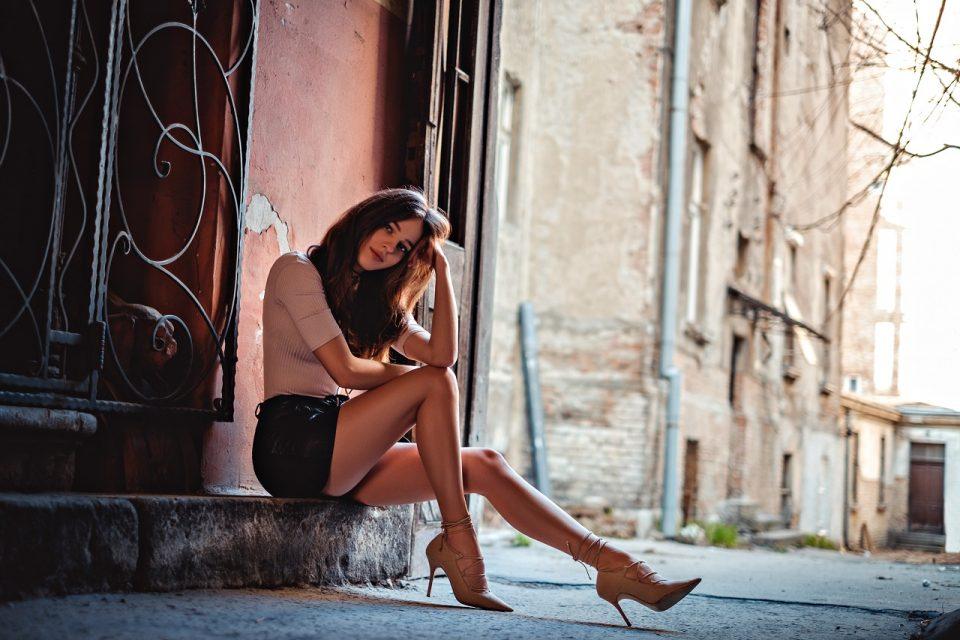 Skórzana spódnica - stylizacje, które będą hitem jesieni!