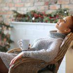 Sukienka sweterkowa na dzień i na wieczór. Baw się dodatkami!