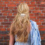 Letnie dodatki do włosów – 5 modnych fryzur na lato