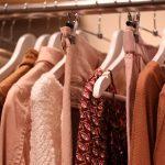 Elektryzujące się ubrania – jak sobie z nimi radzić?