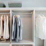 Jak utrzymać porządek w szafie? Poznaj porady eksperta.